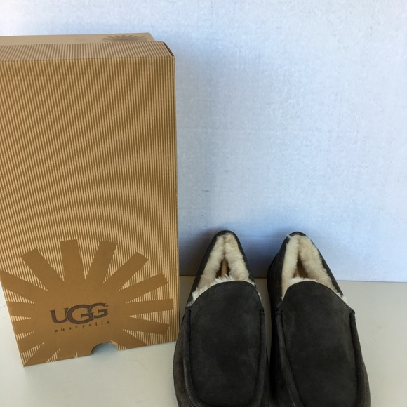 UGG Other - ❤️ Brand New UGG Men Ascot Moccasin Slippers.